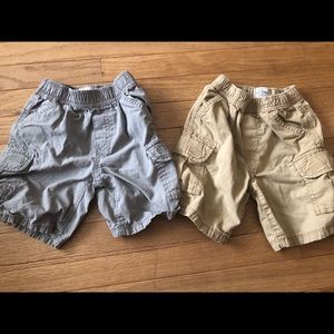 Two pair of Children's Place boys shorts sz 4T